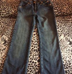 безкоштовно джинси