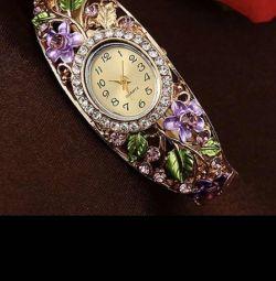Βραχιόλι-ρολόι. Νέο! Πολύ όμορφο