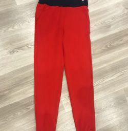 Παντελόνι κόκκινο νέο