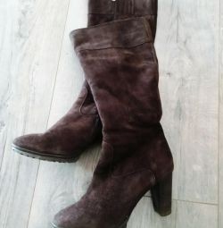 Winter boots suede Laura Valorosa, size 39