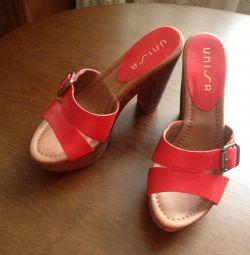 Red sandals Unisa