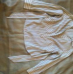 Bluză de bluză de la firma Zara