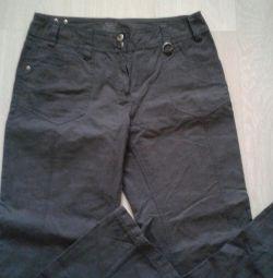 Pantaloni sport de vară