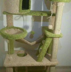 Когтеточка з будиночком, комплекс для кішок