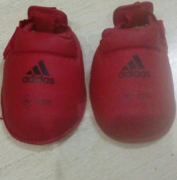 Foot and Foot Protection Kit adidas
