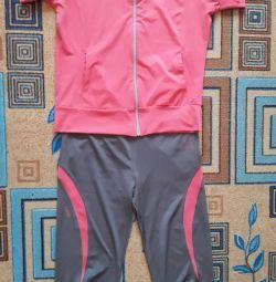 Track suit size 46