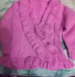 Blouse hand-knitted for 3-4 years