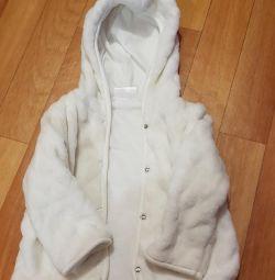 Kapüşonlu sweatshirt, rüzgarlık, kürk manto