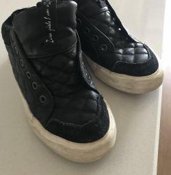 Παπούτσια για παιδιά Zara λύση 33 + δώρο