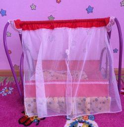 Κρεβάτι για κούκλες