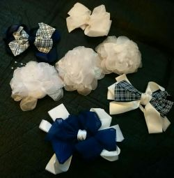 Bows in assortment NEW