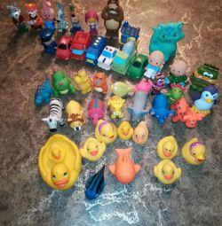 Kauçuk oyuncaklar