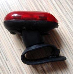Велофонарь задний BBB, новый, 2 батарейки ААА