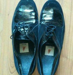 Замшеві черевики р.39