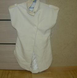 Новое пальто-безрукавка-жилетка