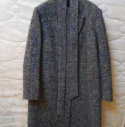 Light overcoat for women