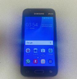 Smartphone (phone) Samsung j1 mini