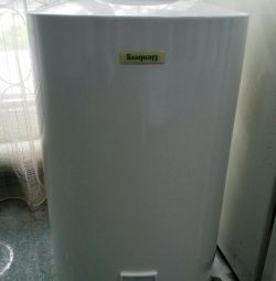 Accumulative water heater of Elenberg WB80V new