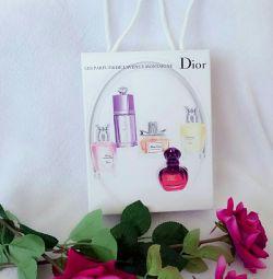 Set cadou cu parfum