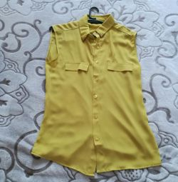 Блузка желтая