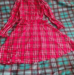 Acil yeni elbise!