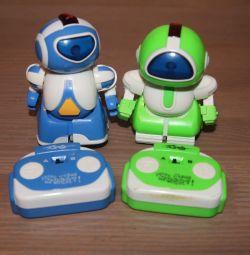 Robots on r / y