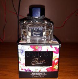 Gucci flora original