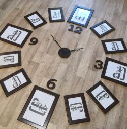 Frameless clock with photo frames