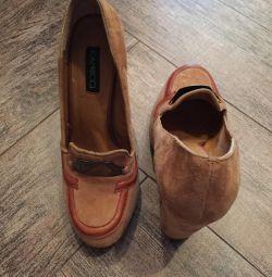 Παπούτσια σε στυλ vintage