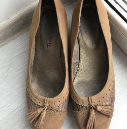 Belwest Shoes