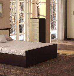 кровать фиеста двуспальная . в наличии 1,6