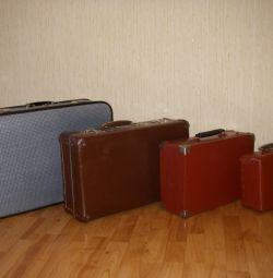 Винтажные чемоданы фибра, дерево