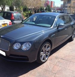 BENTLEY FLYING SPUR 4.0V8 Mulliner