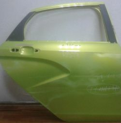 Door back right Lada Vesta oem 8450039383 (dents) (skl-3)