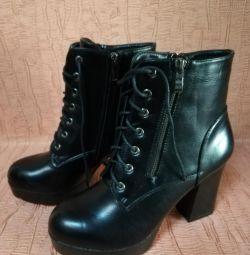 Μπότες, καινούριες