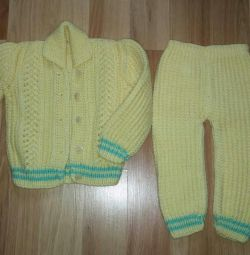 Warm knitted suit new