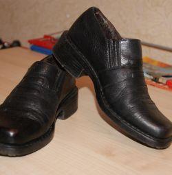 Pantofi naturi. piele r. 31