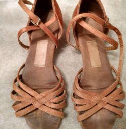 Танцевальные туфли бальные