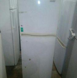 Продам холодильник Галатек