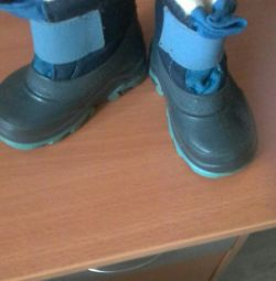 Μπότες και μπότες