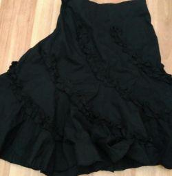 Skirts 46-48