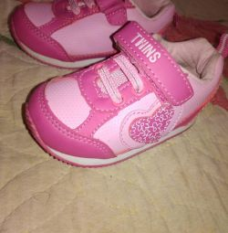 Sneakers for children, р20
