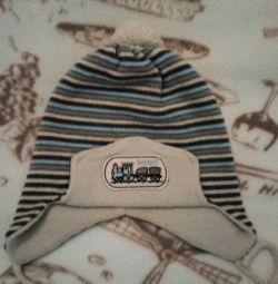 Καπέλο για το φθινόπωρο για ένα αγόρι