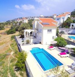 Villa for rent 8 people north Cyprus