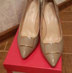 Pantofi noi Dino Ricci Select 39 de mărimi