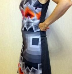 Νέο υπόδειγμα φόρεμα - μανδύα μεγέθους M