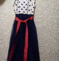 Φόρεμα μεγέθους 40