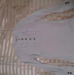 Блузки для школи різні