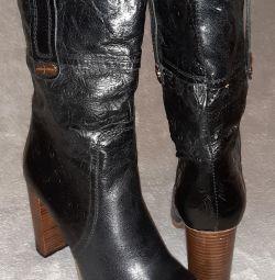 Δερμάτινες μπότες από φθινόπωρο 39τ.