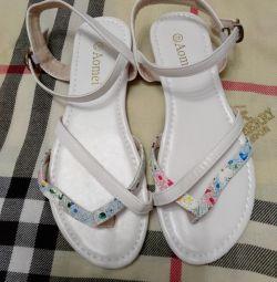 Sandale albe pentru femei, noi
